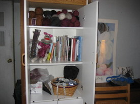 Open_cabinet_knitting_room